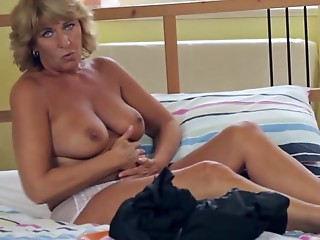 Grannies,Mature,Masturbation