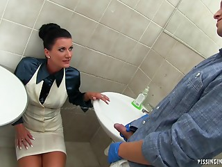 Bathroom,Pissing,Couple,Brunette,Hardcore,MILF,Pornstar