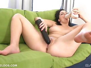 Sex Toys,Natural,Solo,Shaved,Masturbation,Brunette,Glasses