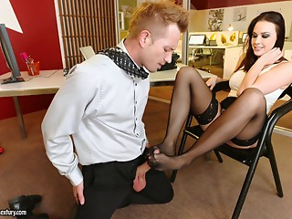 Office babe and the new employee have foot fetish sex