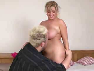 Chubby,Hardcore,Natural,Big Boobs,Couple,Titfuck