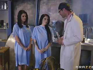 Pornstar,Doctor,Brunette,Hardcore,Cumshot,Reality,Threesome