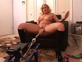 Machine,Sex Toys,Natural,Pornstar,MILF,BBW,Blonde,Hardcore,Solo,Big Ass