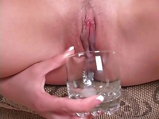 Pissing,Big Ass,Close-up,Creampie,Cumshot,Fingering,Hardcore