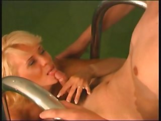 Amateur,Blonde,Hardcore,MILF,Pool,Russian,Natural,Couple