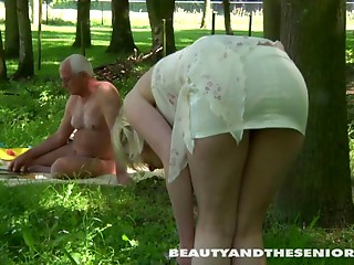 Amateur,Blowjob,Hardcore,Mature,Old and young,Outdoor,Teen,Couple