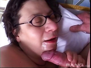 This horny granny gets her vintage pussy pounded hard