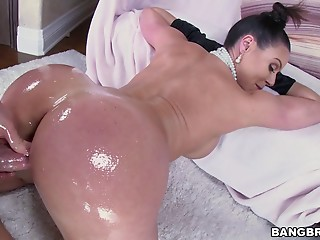 Oiled,MILF,Big Ass,Brunette,Hardcore,Pornstar,Doggystyle,Couple