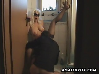 Bathroom,Natural,Couple,Amateur,Big Ass,Blowjob,Cumshot,Glasses,Hardcore,High Heels,MILF,Stockings