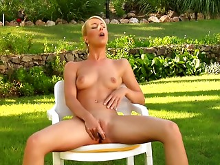 Solo,Babe,Blonde,Outdoor,Sex Toys,Orgasm,Natural,Masturbation