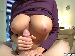 Handjob,Natural,POV,Big Boobs