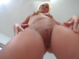 Double Penetration,Big Ass,Big Boobs,Blonde