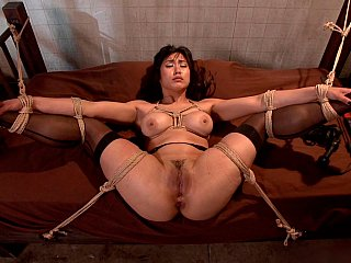 Brutal,Asian,BDSM,Close-up,Fingering,Hardcore,Extreme,Masturbation