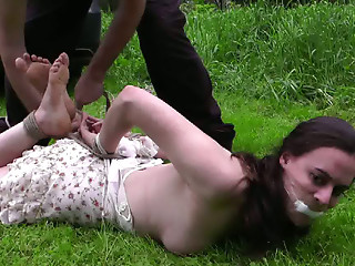 Car Sex,Screaming,Small Tits,BDSM,Brunette,Hardcore,Outdoor