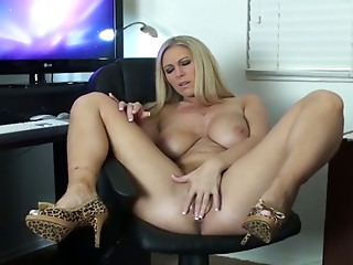 Handjob,Big Boobs,Blonde,Hardcore,Sex Toys,Natural,Slut,Masturbation